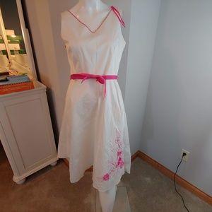 Womens 8 Dressbarn dress sleeveless white pink bel
